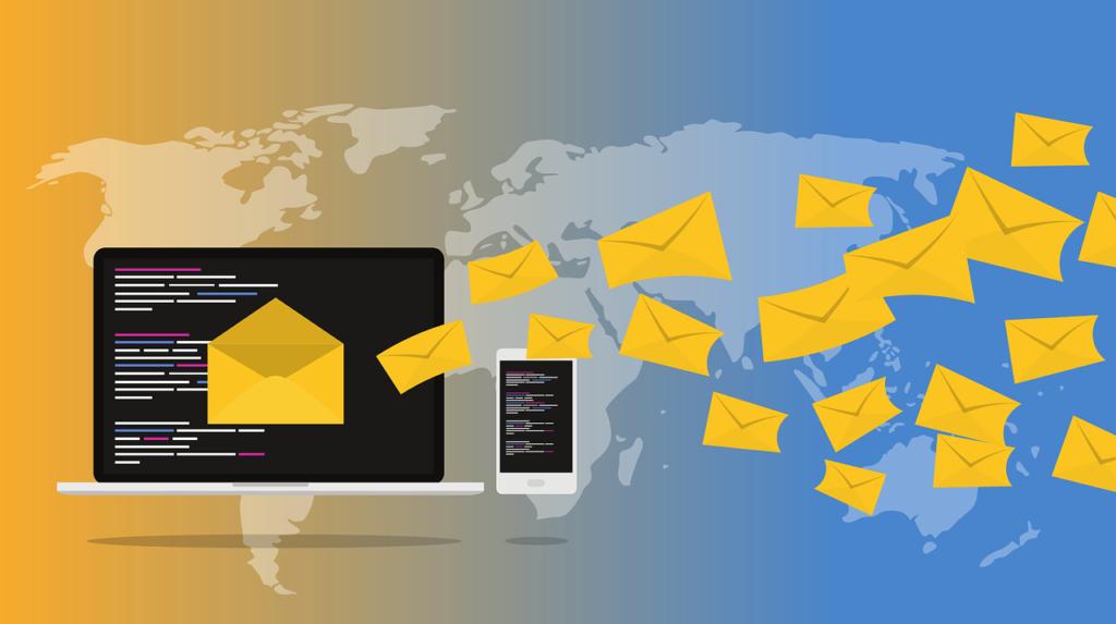 ノートパソコンからメールをイメージしたたくさんの封筒が飛び出している画像