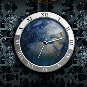 世界地図を背景とした針時計